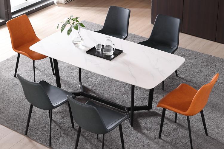 意式极简风格岩板餐桌椅组合批发01
